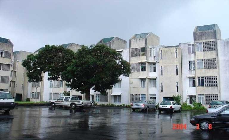 MHC - Govinden Courts
